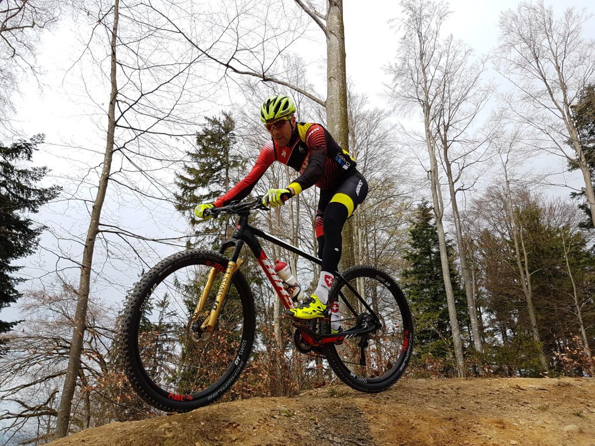 Neues Trikot, neues Bike, die Saison kann starten! EM in Italien!!